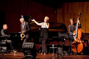 Live at the Musaion, University of Pretoria, with Justin Holcroft, 2012. Ivan Muller picture.